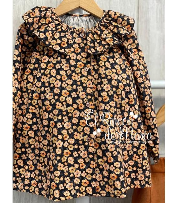 Blusa Niña Negra Flores Colección Invierno 2020-21 de Mia y Lia