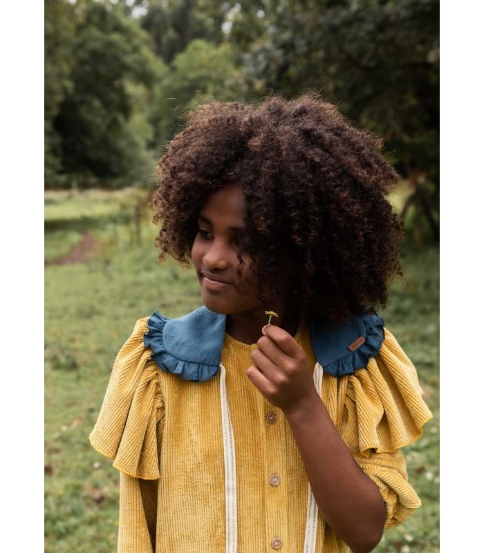 Cuello Pato Azul Colección Countryside de Mia y Lia, Invierno 2021